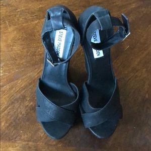 Steve Madden black strappy wedges sandals Sz 8.5 M